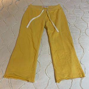Aeropostale Cropped Capri pants XS
